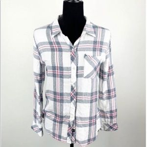 Very soft flannel button down shirt